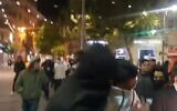 Clashes in downtown Jerusalem on April 22, 2021 (screen capture via Twitter)