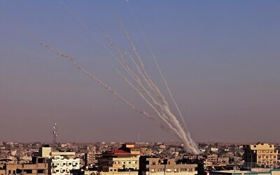 Rockets are launched toward Israel from Rafah, in the southern the Gaza Strip on May 12, 2021 (SAID KHATIB / AFP)