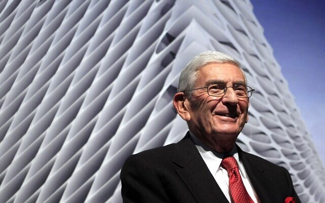 In this Thursday, Jan. 6, 2011, file photo, billionaire Eli Broad attends the unveiling of the Broad Art Foundation contemporary art museum designs in Los Angeles (AP Photo/Jae C. Hong, File)