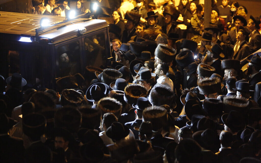 Mourners gather for the funeral of Eliyahu Cohen, who died during Lag B'Omer celebrations at Mount Meron in northern Israel, at his funeral in Jerusalem on May 1 2021. (AP Photo/Ariel Schalit)