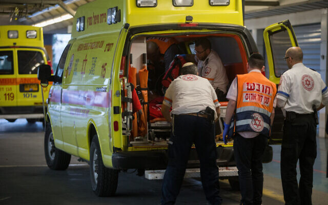 Illustrative image: An ambulance arrives at the emergency room of Shaare Zedek Medical Center (Yonatan Sindel/Flash90)