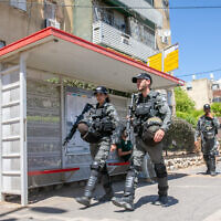 Border police patrol the streets of the central Israeli city of Lod after riots. May 19, 2021 (Yossi Aloni/Flash90)