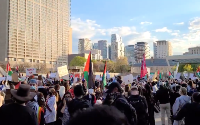 Thousands gather at Toronto's Nathan Philips Square for a protest against Israel and in support of Palestinians on May 15, 2021. (Screen capture/Twitter)