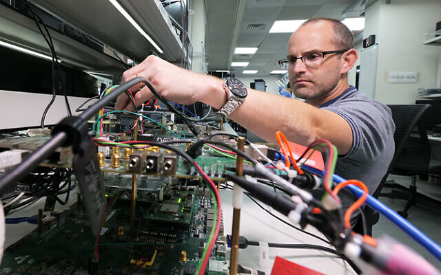 An engineer working at Valens, a high-speed chipmaker for the audio-video and automotive sectors. (Courtesy)