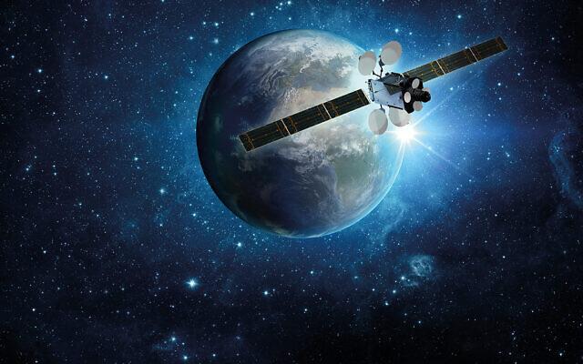 The Amos 17 satellite of Spacecom Satellite Communications (Courtesy)