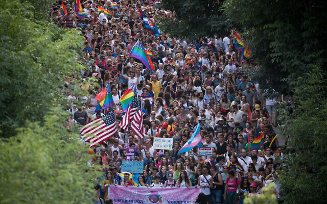 Thousands of people take part in the annual Gay Pride Parade in Jerusalem, on June 6, 2019. (Yonatan Sindel/Flash90)