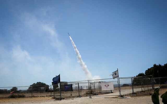 The Iron dome anti-missile system fires an interceptor missile at rockets shot from the Gaza Strip toward Ashkelon, on May 19, 2021. (Olivier Fitoussi/Flash90)