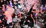 Israelis celebrate the new government at Rabin Square in Tel Aviv on June 13, 2021.(Tomer Neuberg/FLASH90)