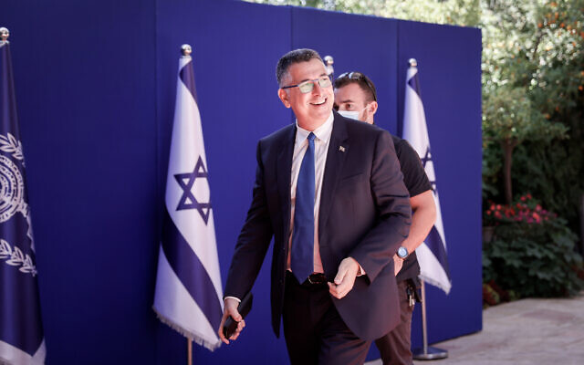 Justice Minister Gideon Sa'ar arrives at the President's Residence in Jerusalem for a group photo of the new government, June 14, 2021. (Yonatan Sindel/FLASH90)