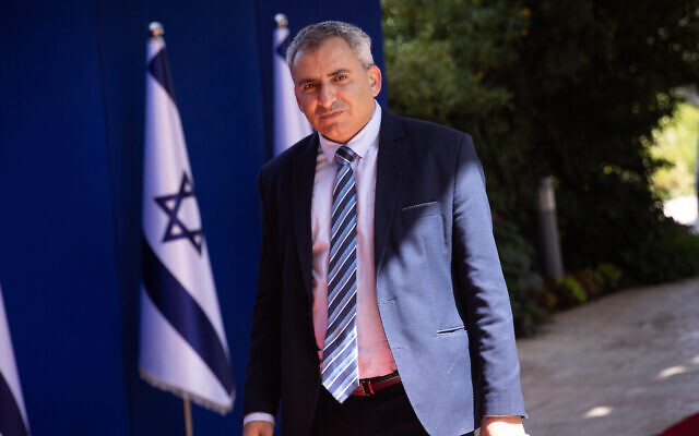 Housing Minister Ze'ev Elkin arrives at the President's Residence in Jerusalem, for a group photo of the president and members of the new government, June 14, 2021. (Yonatan Sindel/Flash90)