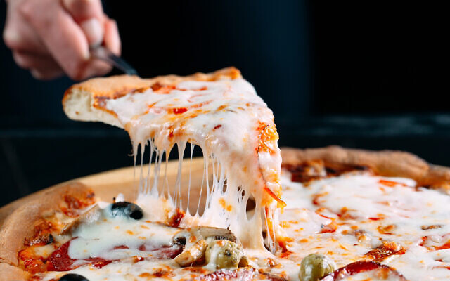 An illustrative image of a pizza (davit85; iStoch by Getty Images)