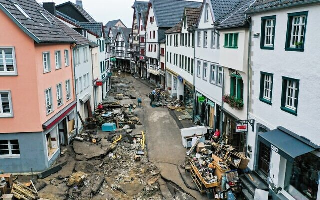 An aerial view taken on July 16, 2021 shows the destruction in the pedestrian area of Bad Muenstereifel, western Germany, after heavy rain hit parts of the country, causing widespread flooding (INA FASSBENDER / AFP)