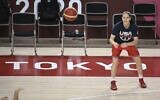 USA's basketball player Sue Bird attends a training session during the Tokyo 2020 Olympic Games at the Saitama Super Arena in Saitama on July 24, 2021. (ARIS MESSINIS / AFP)