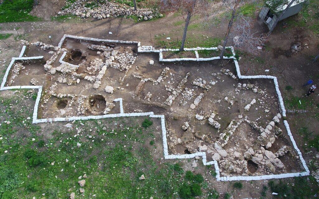 Aerial view of Khirbet el Rai, near Lachish in central Israel. (Emil Aladjem, Israel Antiquities Authority)