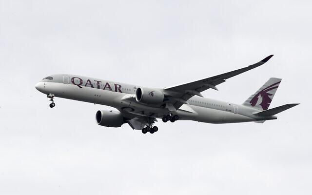 A Qatar Airways jet approaches Philadelphia International Airport in Philadelphia, November 7, 2019. (AP Photo/Matt Rourke, File)