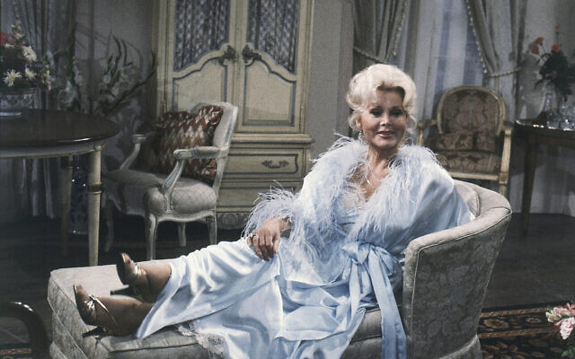 Zsa Zsa Gabor strikes a glamous pose during  rehearsal for CBS-TV  'As The World Turns' on November 19, 1981, at Studio 52 at 402 E. 76th  in New York.  (AP Photo/Marty Lederhandler)
