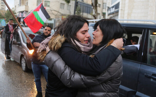 Suha Jarrar (L) greets her mother  Khalida Jarrar of the Popular Front for the Liberation of Palestine (PFLP) after she was released from 20 months of detention in the West Bank city of Ramallah on February 28, 2019 (STR/Flash9)