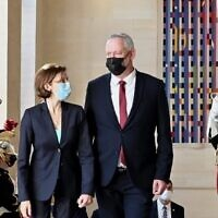 Defense Minister Benny Gantz is greeted by his French counterpart Florence Parly in Paris on July 28, 2021. (Ariel Hermoni/Defense Ministry)