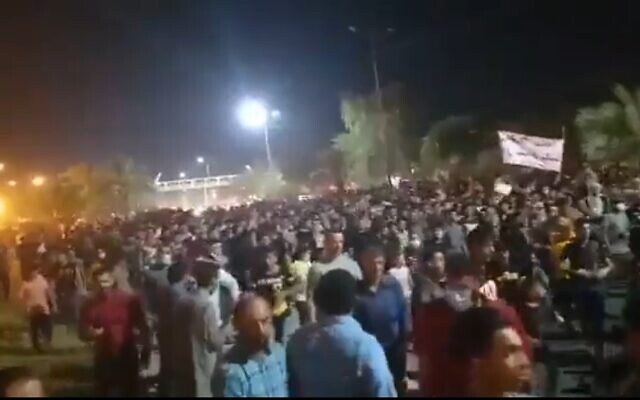 Protests over water shortages in Khuzestan province, Iran, July 2021 (video screenshot)