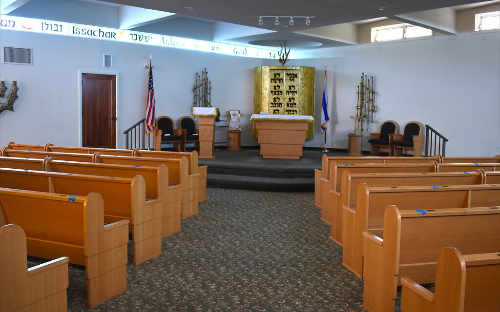 The main sanctuary of Congregation B'nai Zion, a nonaffiliated synagogue in Key West with about 100 members. Founded in 1887, it's the oldest synagogue in South Florida. (Larry Luxner/via JTA)