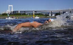 Israel's Matan Roditi competes during the men's marathon swimming event at the 2020 Summer Olympics on Aug. 5, 2021, in Tokyo, Japan. (AP/Jae C. Hong)