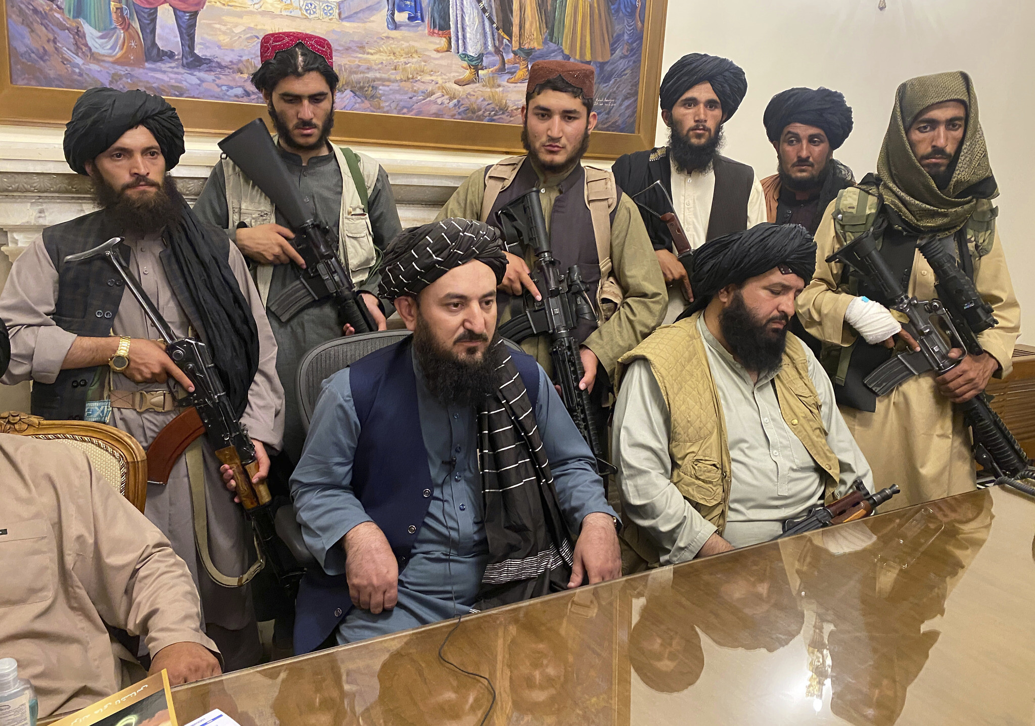 Taliban sweep into Kabul presidential palace, capping shock Afghanistan  takeover | The Times of Israel