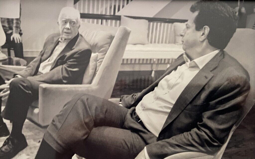 Former US president Jimmy Carter, left, with Gary Ginsberg in 2014. (Courtesy of Ginsberg)