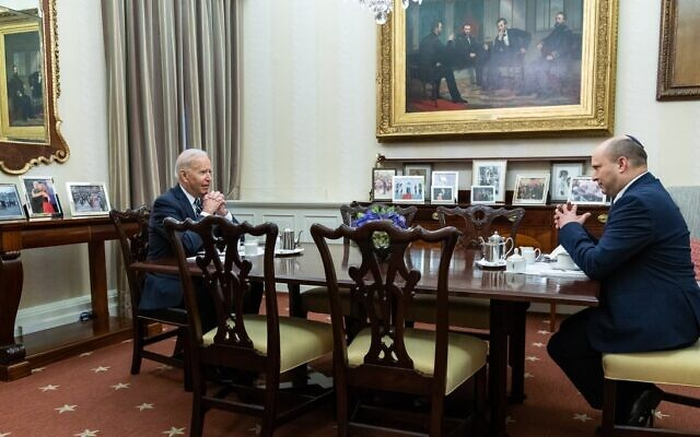 Prime Minister Naftali Bennett (R) and US President Joe Biden have coffee in the White House private presidential dining hall on Aug. 27, 2021. (White House/Twitter)
