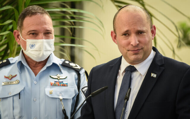 Prime Minister Naftali Bennett and police chief Kobi Shabtai during an inauguration ceremony marking the opening of a new police station in Kiryat Ata, on August 11, 2021. (Roni Ofer/Flash90)