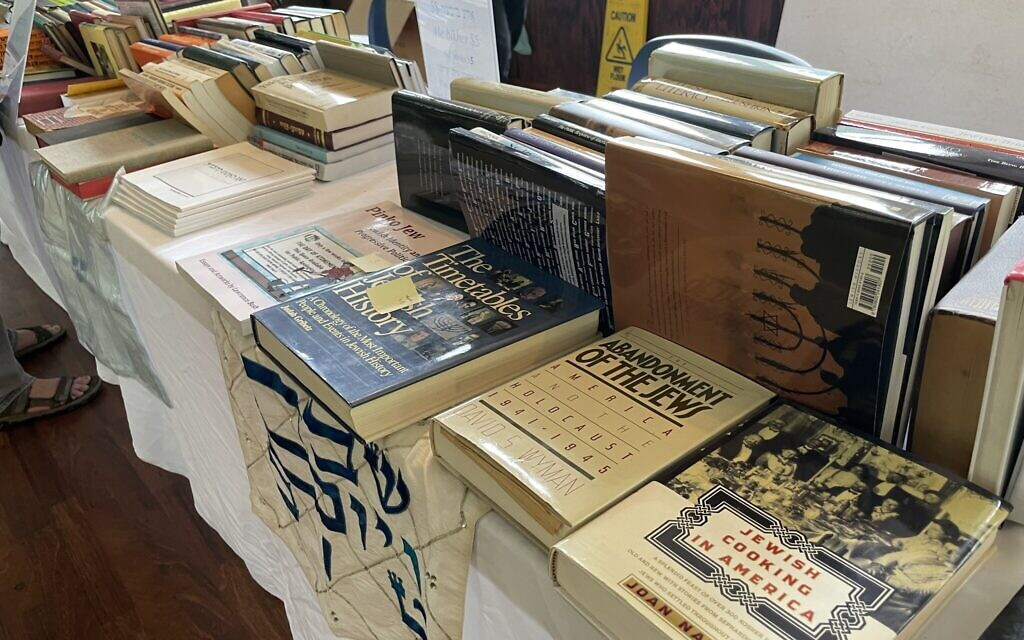 Books for sale at the Yiddishland retreat, August 2021. (Danielle Ziri)