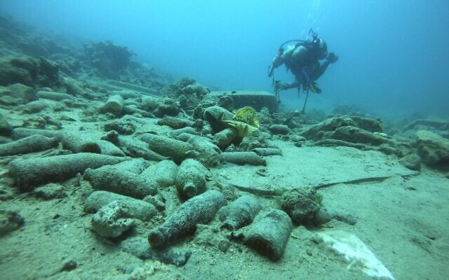 Plastic bottles and other trash on the seabed off the coast of Eilat, southern Israel. (Omri Omessi, Israel Nature and Parks Authority)