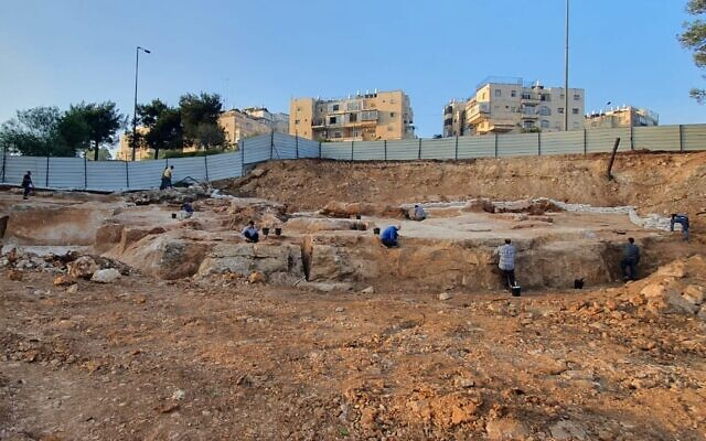 A 2,000-year-old stone quarry discovered in the Jerusalem neighborhood of Har Hotzvim. (Shai Halevi, Israel Antiquities Authority)