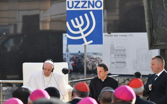 Pope Francis meets the Jewish community at the Rybne Square in Bratislava, Slovakia, on September 13, 2021. (Tiziana FABI / AFP)