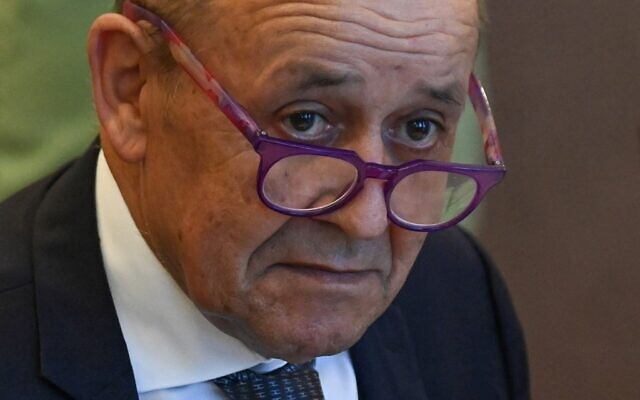 In this file photo taken on September 10, 2021 French Foreign Minister Jean-Yves Le Drian attends a meeting in Budapest, Hungary (Attila KISBENEDEK / AFP)