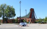 Police set up a camera rig at Beth El Synagogue in St. Louis Park, Minnesota on September 10, 2021. (Lonny Goldsmith/TC Jewfolk via JTA)
