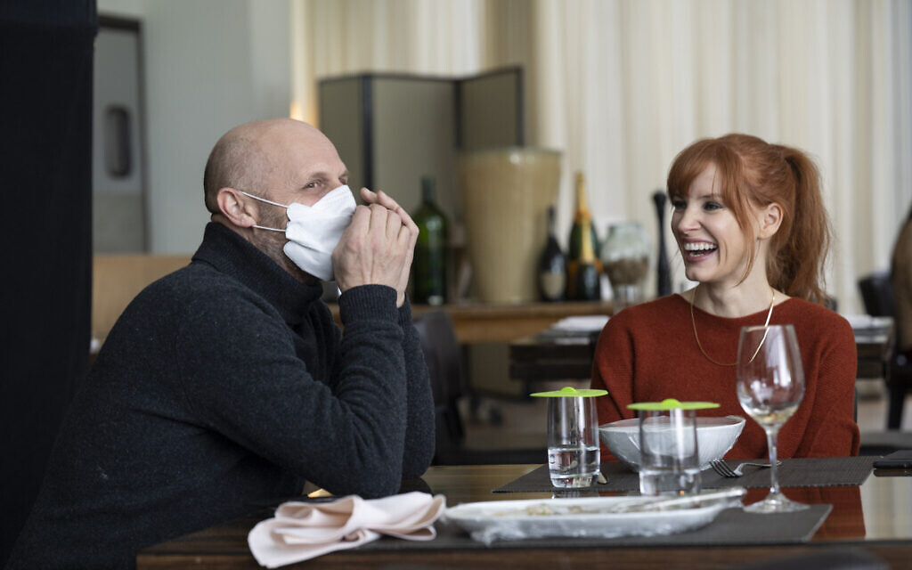 Hagai Levi and Jessica Chastain on the set of 'Scenes From a Marriage.' (Jojo Whilden/HBO/ via JTA)