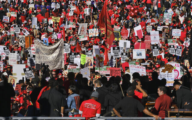 Thousands of striking Los Angeles Unified teachers gather in front of Los Angeles City Hall on Tuesday, Jan. 22, 2019. (AP/Richard Vogel)