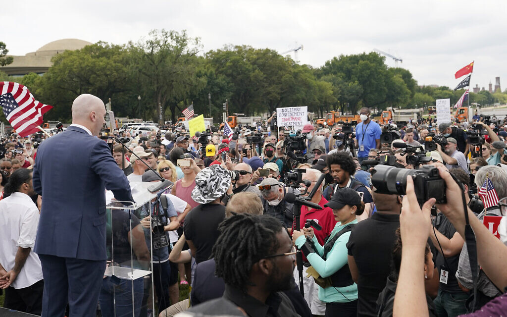 Despite fears of violence, DC rally for US Capitol rioters remains peaceful