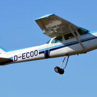 Illustrative. A Cessna 172 light aircraft. (Wikipedia/Alex Herbort/CC BY-SA 4.0)