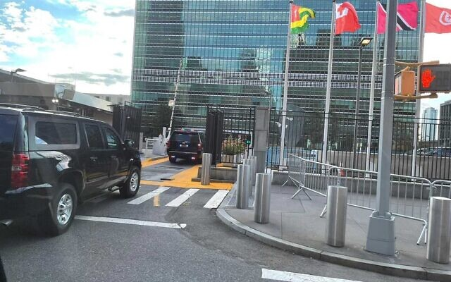Prime Minister Naftali Bennett's convoy reaches the United Nations building in New York, ahead of his address to the General Assembly, on September 27, 2021. (Lazar Berman/Times of Israel)