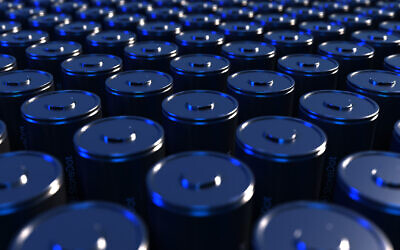 StoreDot's new 4680 cylindrical battery cells for electric vehicles can be recharged in just 10 minutes, the company said in September 2021. (StoreDot)