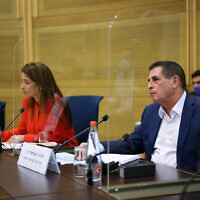Deputy Public Security Minister Yoav Segalovitz meets with parliamentarians on October 20, 2021, to discuss plans to end the crime wave in Arab communities (Knesset Spokesperson/ Noam Moscovitz)