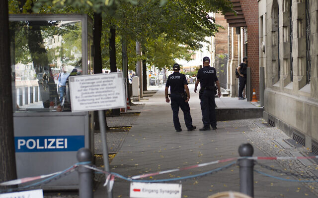 Illustrative: German police patrol in front of the 'New Synagogue' at Oranienburger Strasse in Berlin, Germany, September 24, 2020. (AP Photo/Markus Schreiber)