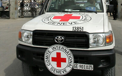 Illustrative: A Red Cross vehicle in Gaza (Abed Rahim Khatib / Flash90)