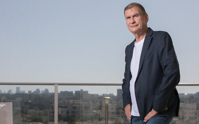 2020 portrait of former minister Haim Ramon. (Yossi Aloni/Flash90)