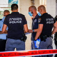 Illustrative: Police at the scene of a crime in the southern city of Sderot, August 19, 2021. (Flash90)