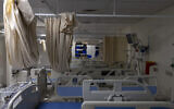 Empty beds in the intensive care unit at the coronavirus ward of Shaare Zedek hospital in Jerusalem on October 14, 2021. (Olivier Fitoussi/Flash90)
