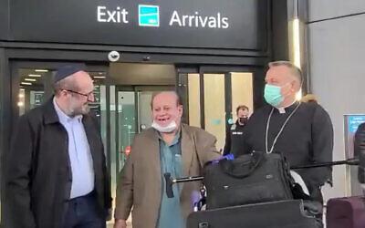 Zebulon Simantov is seen at Istanbul Airport, October 17, 2021. (Screenshot: Twitter)