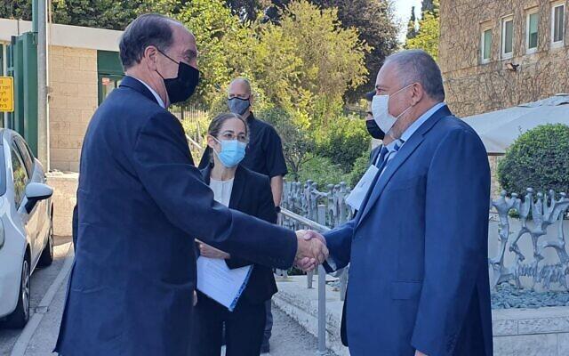 Finance Minister Avigdor Liberman (R) and World Bank President David Malpass outside the Finance Ministry in Jerusalem on October 6, 2021. (Finance Ministry)